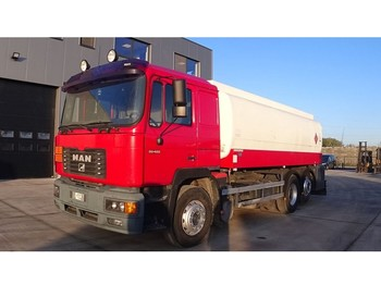 MAN 26.422 (MANUAL PUMP / BIG AXLE / 20.000L / 3 COMPARTMENTS) - tankbil lastbil