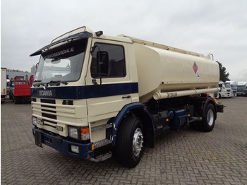Scania 93M 250 + Manual + 4 compartments - tankbil lastbil